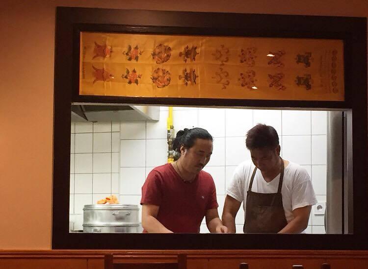 Le Bar à Momos et ses raviolis tibétains